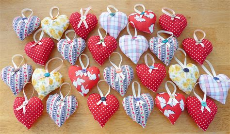 3 hanging heart decorations on luulla