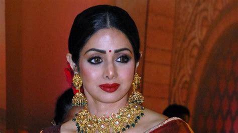 sridevi artis bollywood aktris senior bollywood sridevi kapoor meninggal dunia