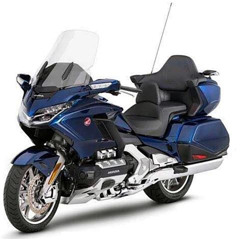 New Honda Goldwing by New Goldwing Pictures Leak Visordown