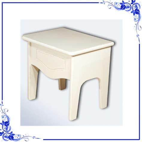 sgabello contenitore tavolini stile country sgabello contenitore shabby chic