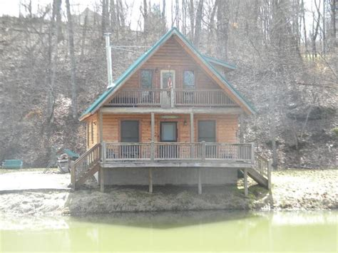 Cave Run Lake Cabins by Kentucky Waterfront Property In West Liberty Morehead