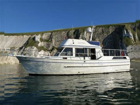 neptune  sundeck trawler motor yacht  sale daily boats buy review price  details