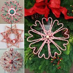 diy christmas candy cane wreath beesdiy com