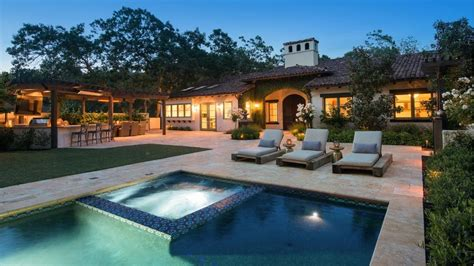 Stephen Curry House by Stephen Curry S Hacienda Hits The Market For 3 895