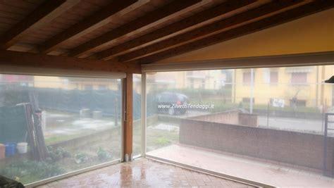 tende da sole e pioggia tende ermetiche lo una protezione da vento e pioggia