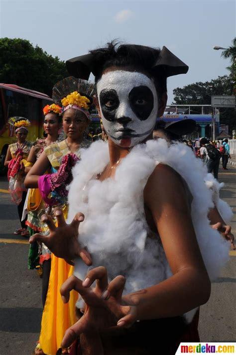 Kostum Adat 16 foto semarak kemeriahan karnaval anak kreatif indonesia merdeka