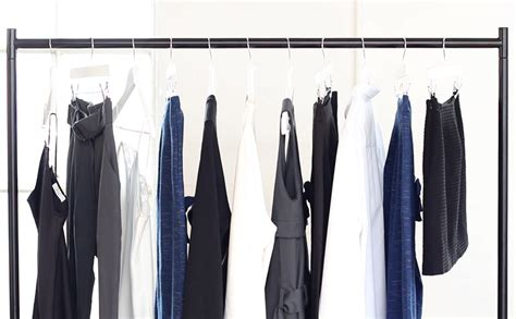 Clothes Capsule Wardrobe by How To Create Your Capsule Wardrobe P I C Style