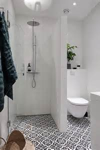 Small Bathroom Shower Ideas Best 20 Small Bathrooms Ideas On Pinterest Small Master