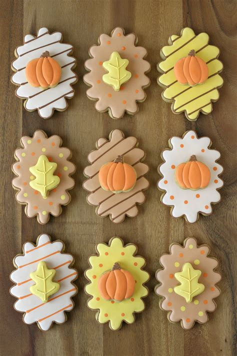 fall cookie decorating ideas decker fall decorated cookies glorious treats