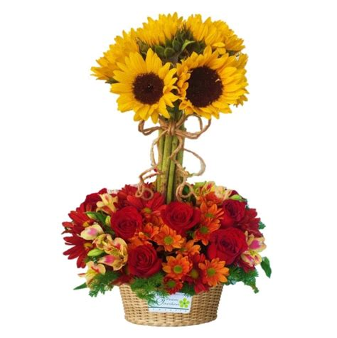 17 best images about tuscan floral on pinterest feathers 17 best ideas about arreglos con girasoles on pinterest