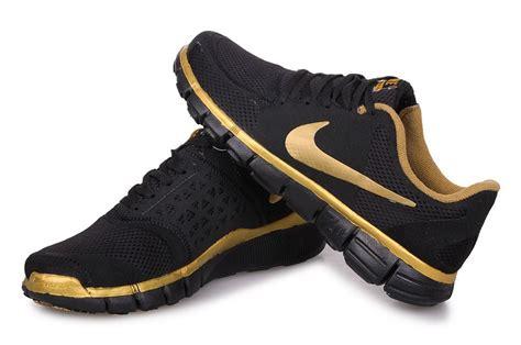 nike 7 0 running shoes new nike free 7 0 v2 mens black gold running shoes