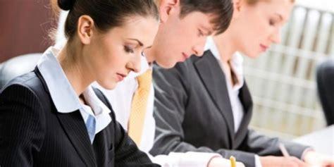 el talento la nueva guerra corporativa estrategias para atraer formar y retener el talento en tu organizaciã n edition books la guerra por el talento cambia el rumbo de los negocios
