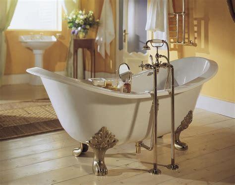 vasca da bagno con piedi vasca da bagno con piedi disponibile in varie finiture