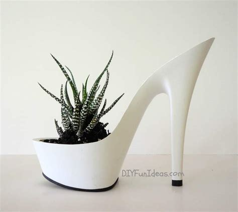 High Planters by Fabulous Diy High Heel Planters Part Deux Do It Yourself