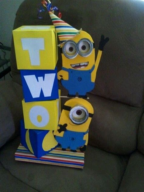 Minion Table Decorations by Top 25 Ideas About Minion Centerpieces On