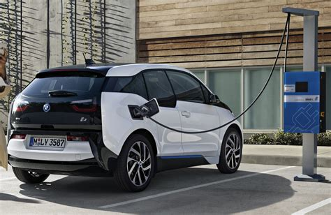 Bmw I3 2020 Range by Uautoknow Net New 2017 Bmw I3 Gets Denser Battery For