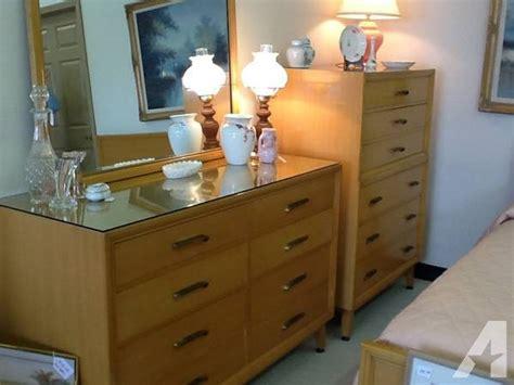 1960 s vintage bedroom set in excellent shape for sale