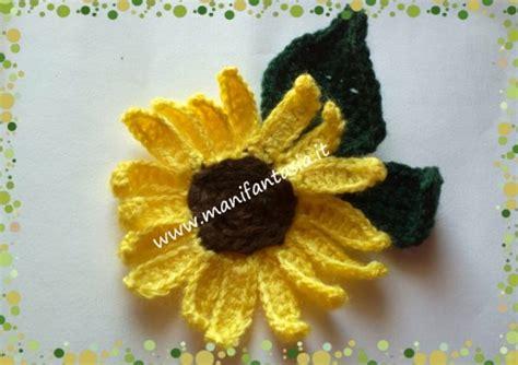 fiori facili all uncinetto girasoli uncinetto facili per applicazioni manifantasia