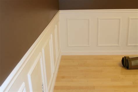Wainscot Chair Rail chair rail and wainscoting for the home