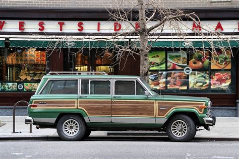 Jeep With Wood Paneling Pin By Jennie On This Lots