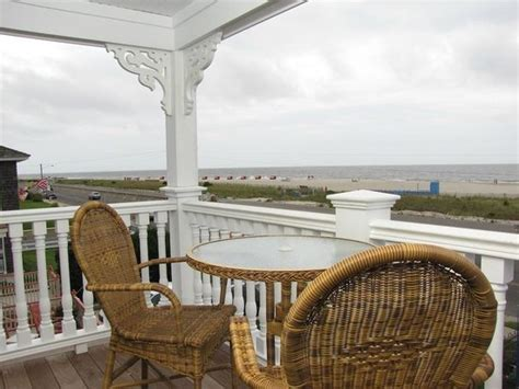 View From The Private Porch On The Sea Shell Picture Of 931 Guest House