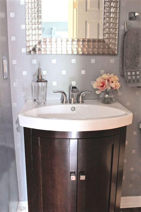 Cozy Bathroom Ideas by 18 Small Bathroom Ideas To Make This Cozy Space Look
