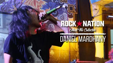 rock story daniel mardhany quot deadsquad quot koleksi kaos band