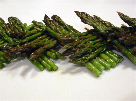 come cucinare gli asparagi coltivati consigli gli asparagi