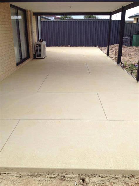 kota black limestone patio packs 22mm calibrated 20m2
