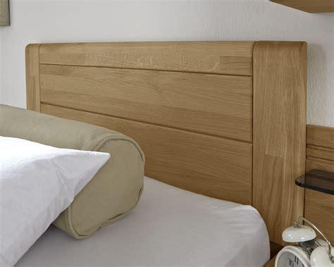 einzelbett mit kopfteil einzelbett landhausstil mit schubladen eiche teilmassiv