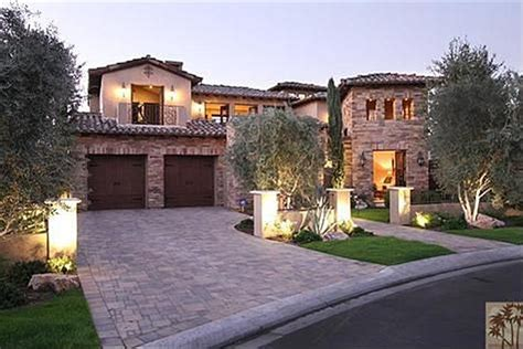 real housewives houses best real housewives homes beverly hills housewife kyle richards buys california golf