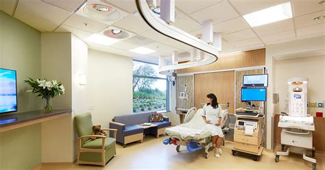 labor and delivery room ucsf betty irene s hospital ucsf center at mission bay