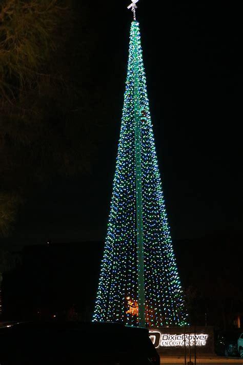 luxur lighting st george ut dixie power lights up giant tree for holidays st