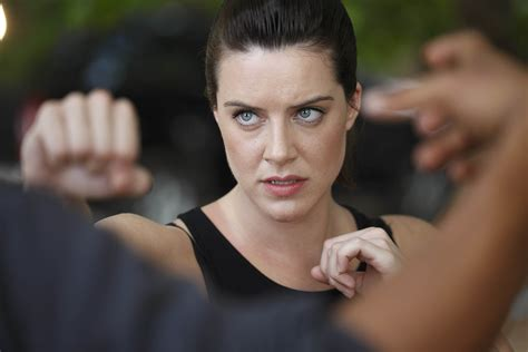 michelle ryan death in paradise death in paradise michelle ryan