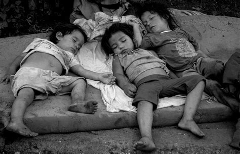 imagenes de niños que trabajan en la calle maltrato infantil maltrato por abandono y o negligencia