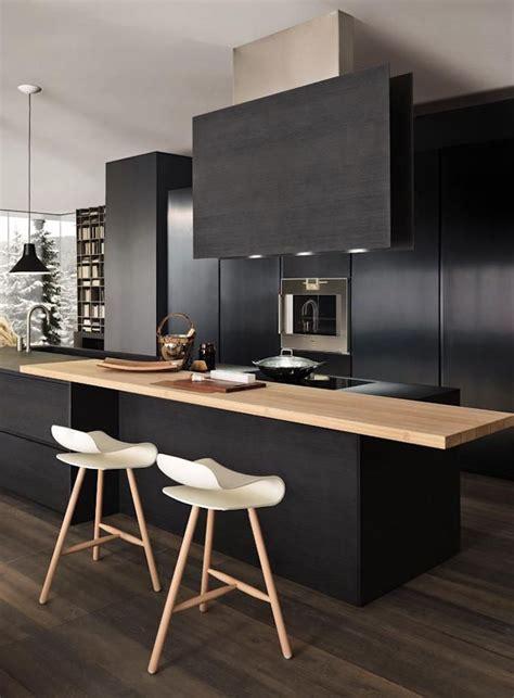 idees cuisine noir mat  bois elegance  sobriete