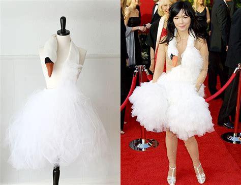 bjork swan dress diy bjork inspired swan dress tutorial for the day i finally
