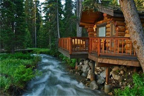 Montana Honeymoon Cabins by Yellowstone Honeymoon Resorts Resortsandlodges