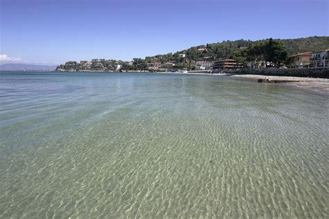 spiagge porto santo stefano spiaggia di porto santo stefano trovaspiagge it portale