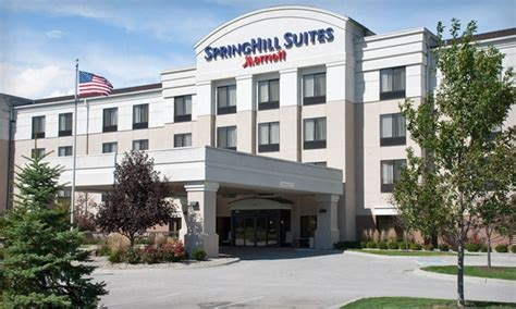 springhill suites council bluffs deal of the day groupon