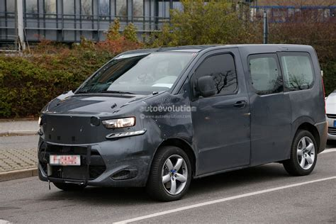 peugeot expert 2015 spyshots new citroen jumpy takes cues from 2011 tubik