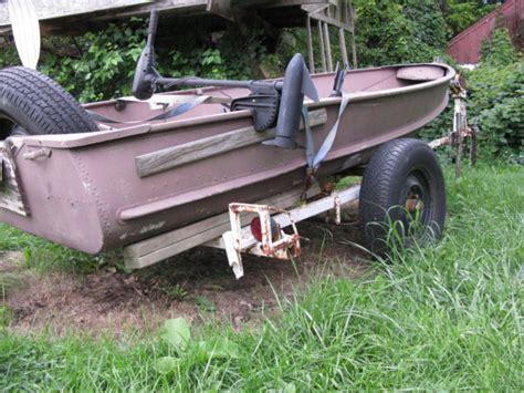 vintage duck hunting boats vintage alluminum 16 crestliner fishingduck hunting boat