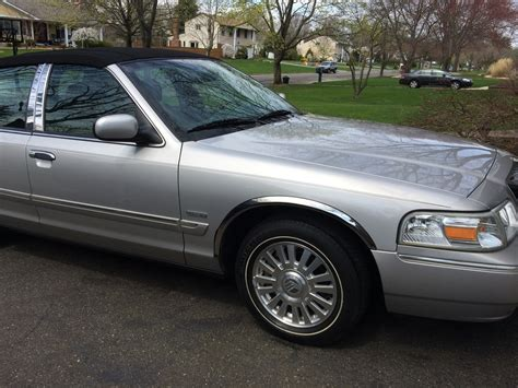 2006 mercury grand marquis overview cars com 2006 mercury grand marquis overview cargurus