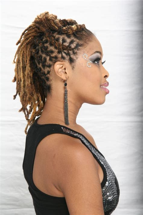 pictures of hairstyles for locks 17 best images about dreadlocks on pinterest dreads