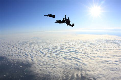 skydiving wallpapers high quality