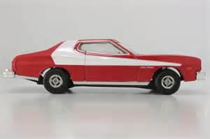 corgi starsky and hutch car corgi classics 57402 starsky hutch ford torino 5191
