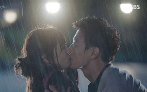 film korea romantis kiss 5 adegan ciuman romantis di drama korea terbaru