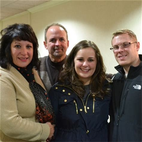 feeling light headed and short of breath miracle moment sara baniewicz and her mom mary both enjoyed