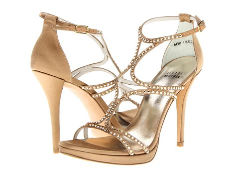 stuart weitzman shoes stuart weitzman shoe store coming to new mall what s in