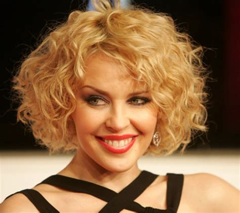 pictures of perms with short layers but long in length 5 wavy bob hairstyles be mod com